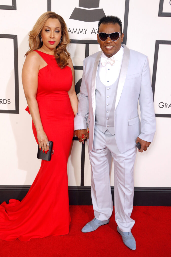 How old is ron isley wife