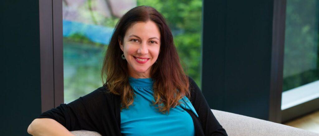 Stephanie Davis google salary